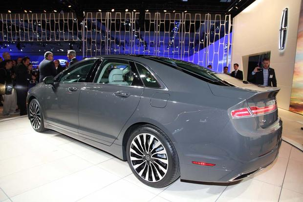 2017 Lincoln MKZ: LA Auto Show featured image large thumb6