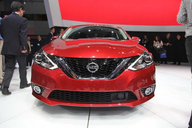 2016 Nissan Sentra: LA Auto Show featured image large thumb1
