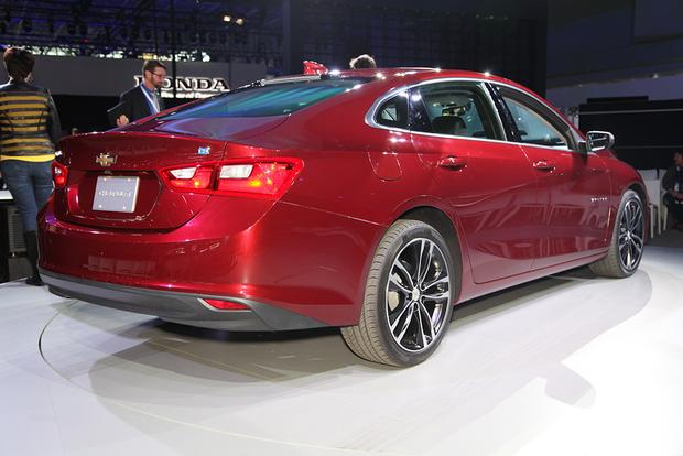 2016 Chevrolet Malibu: New York Auto Show featured image large thumb4