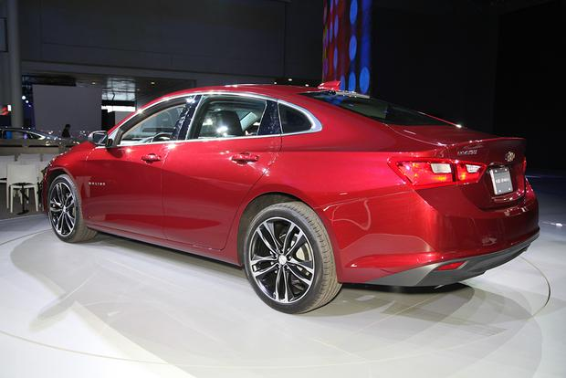 2016 Chevrolet Malibu: New York Auto Show featured image large thumb5
