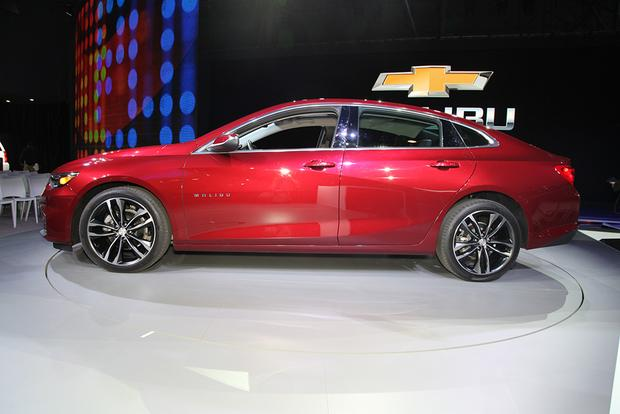 2016 Chevrolet Malibu: New York Auto Show featured image large thumb6