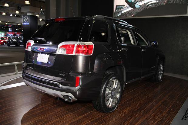 2016 GMC Terrain: New York Auto Show featured image large thumb5
