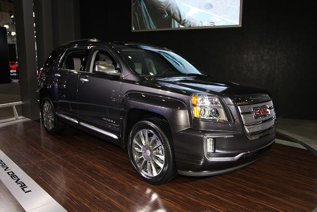 2016 GMC Terrain: New York Auto Show featured image large thumb7