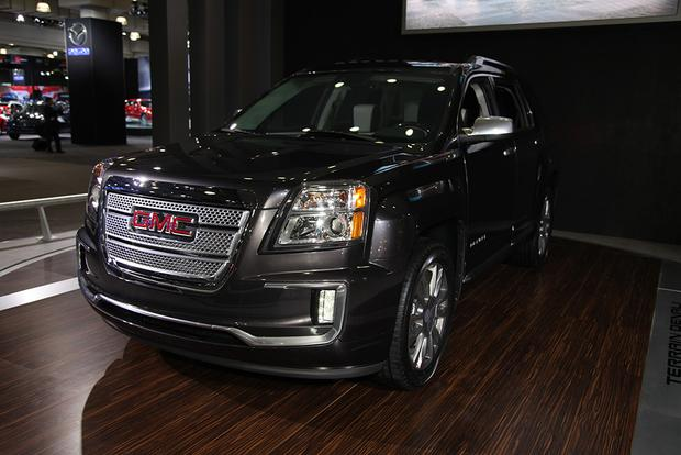 2016 GMC Terrain: New York Auto Show featured image large thumb8