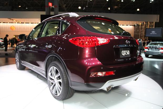 2016 Infiniti QX50: New York Auto Show featured image large thumb3