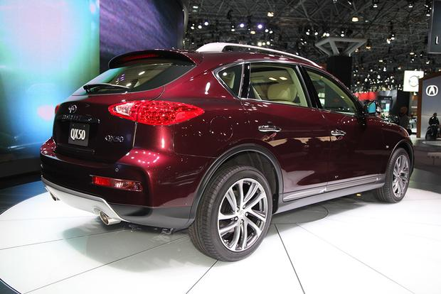 2016 Infiniti QX50: New York Auto Show featured image large thumb5