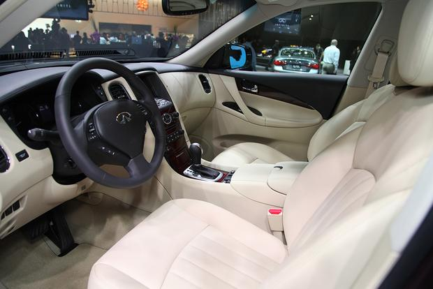 2016 Infiniti QX50: New York Auto Show featured image large thumb11