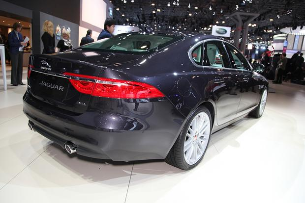 2016 Jaguar XF: New York Auto Show featured image large thumb8