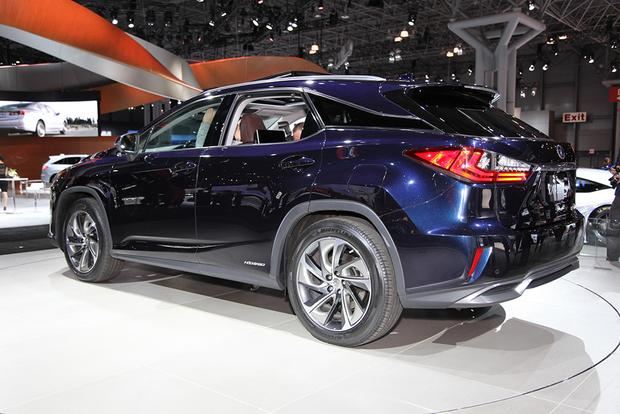 2016 Lexus RX: New York Auto Show featured image large thumb1