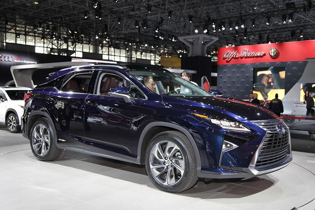 2016 Lexus RX: New York Auto Show featured image large thumb0