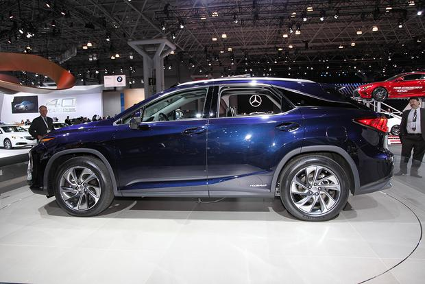 2016 Lexus RX: New York Auto Show featured image large thumb6