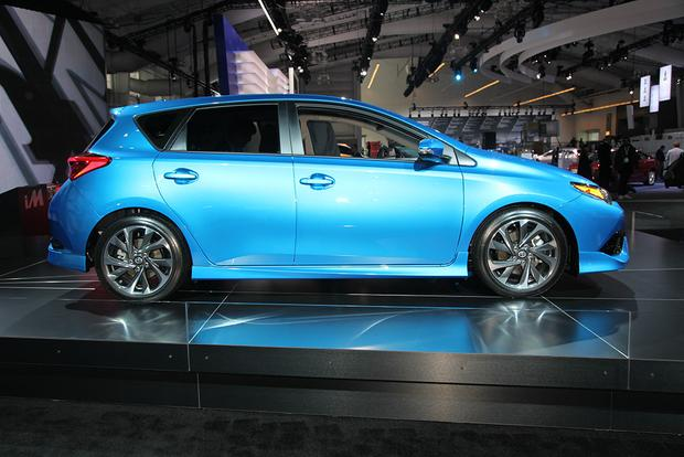 2016 Scion iM: New York Auto Show featured image large thumb2
