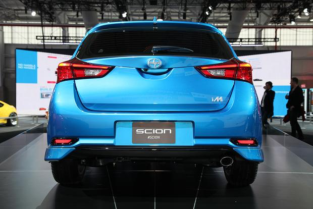 2016 Scion iM: New York Auto Show featured image large thumb4