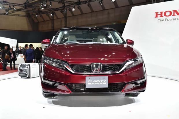 Honda Clarity Fuel Cell: Tokyo Auto Show