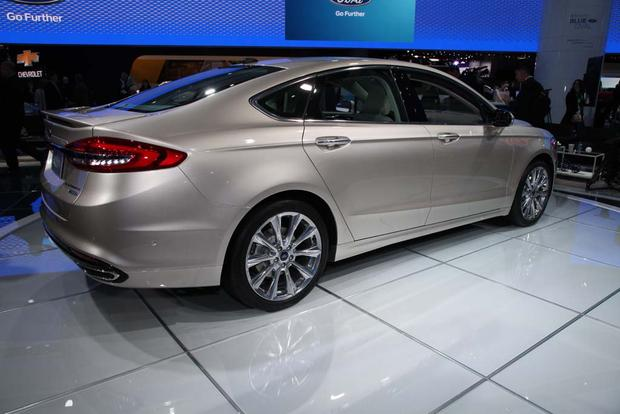 2017 Ford Fusion: Detroit Auto Show featured image large thumb3