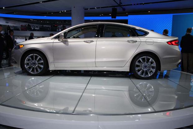 2017 Ford Fusion: Detroit Auto Show featured image large thumb6