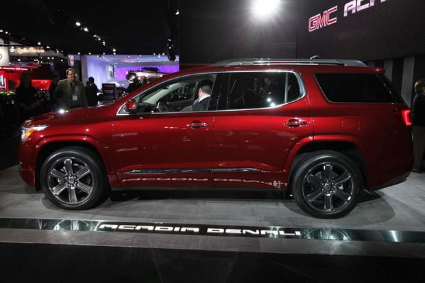 2017 GMC Acadia: Detroit Auto Show featured image large thumb2