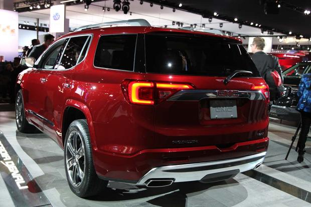 2017 GMC Acadia: Detroit Auto Show featured image large thumb4