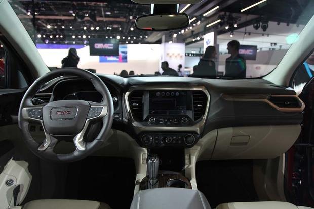 2017 GMC Acadia: Detroit Auto Show featured image large thumb6