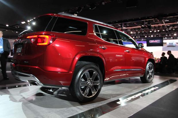 2017 GMC Acadia: Detroit Auto Show featured image large thumb8