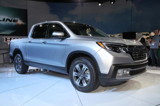 2017 Honda Ridgeline: Detroit Auto Show featured image large thumb1