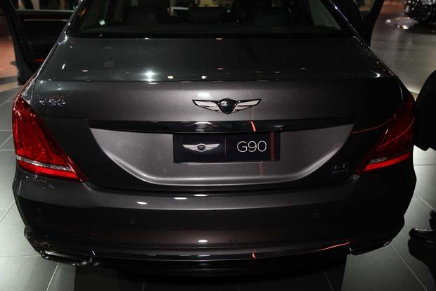 2017 Genesis G90: Detroit Auto Show featured image large thumb8