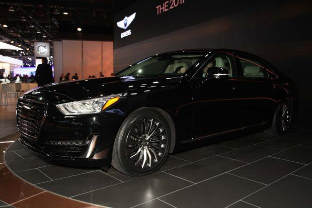 2017 Genesis G90: Detroit Auto Show featured image large thumb1