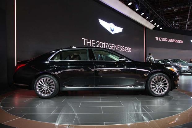 2017 Genesis G90: Detroit Auto Show featured image large thumb3