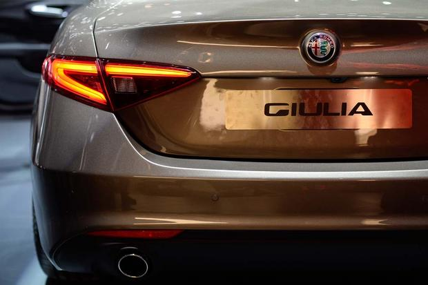 2017 Alfa Romeo Giulia: Geneva Auto Show featured image large thumb12