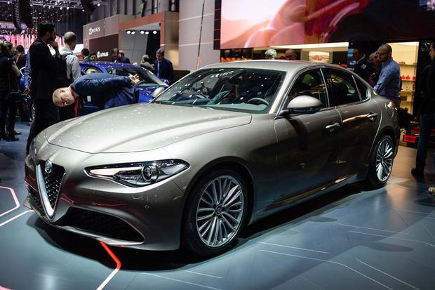 2017 Alfa Romeo Giulia: Geneva Auto Show featured image large thumb0