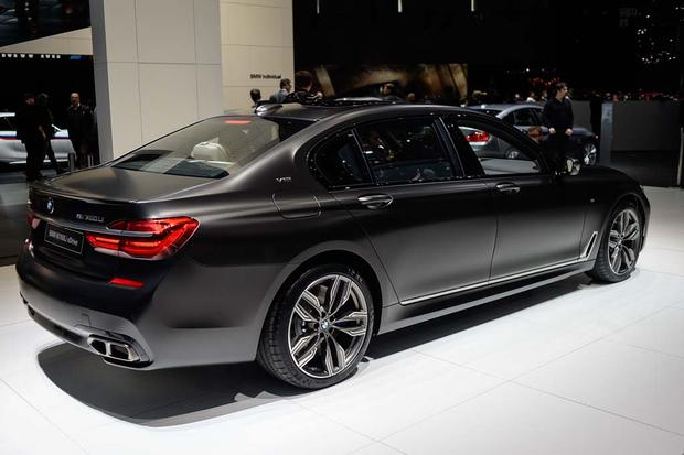 2017 BMW M760i xDrive: Geneva Auto Show featured image large thumb1