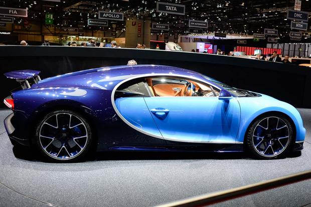 2017 bugatti chiron geneva auto show autotrader. Black Bedroom Furniture Sets. Home Design Ideas