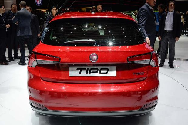 2017 FIAT Tipo: Geneva Auto Show featured image large thumb5