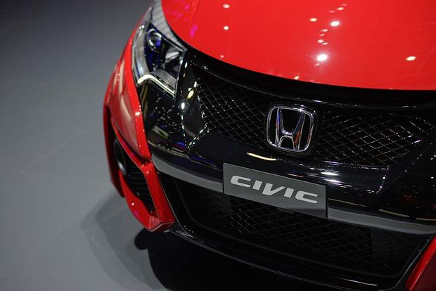 2017 Honda Civic Hatchback: Geneva Auto Show featured image large thumb8