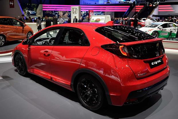 2017 Honda Civic Hatchback: Geneva Auto Show featured image large thumb2