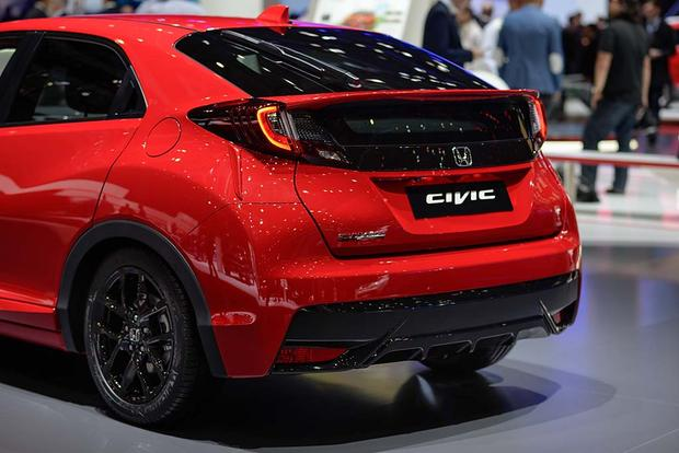 2017 Honda Civic Hatchback: Geneva Auto Show featured image large thumb4