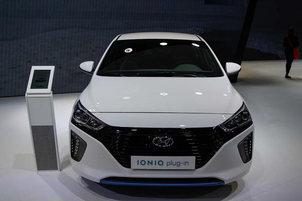 2017 Hyundai Ioniq: Geneva Auto Show