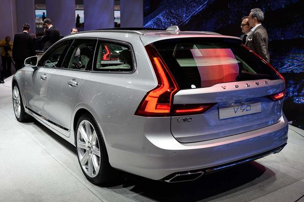 2017 Volvo V90: Geneva Auto Show featured image large thumb4