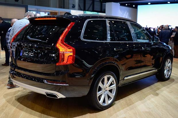 2017 Volvo V90: Geneva Auto Show featured image large thumb10