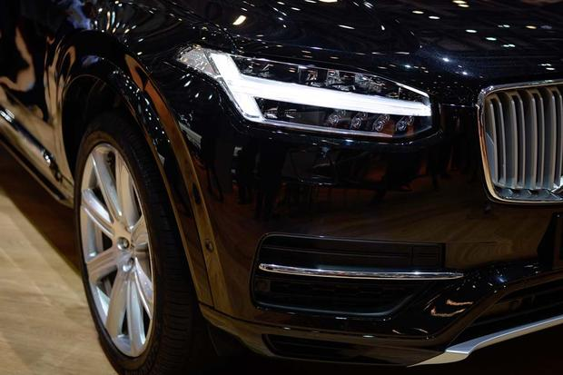 2017 Volvo V90: Geneva Auto Show featured image large thumb14
