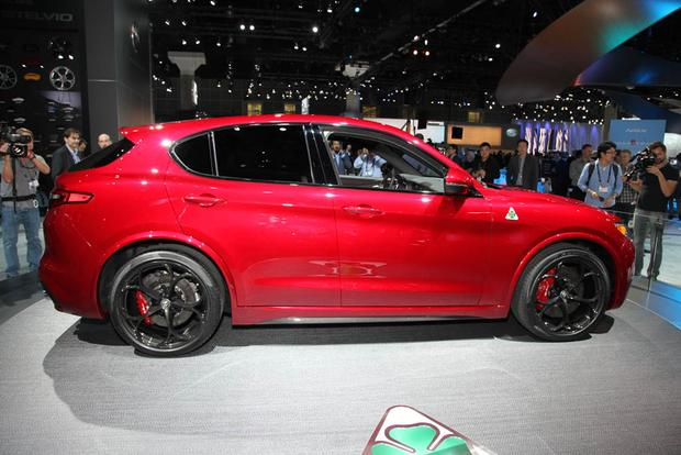 2018 Alfa Romeo Stelvio: LA Auto Show featured image large thumb1