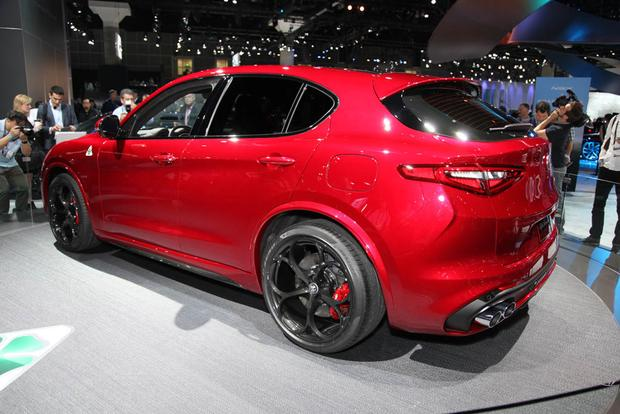 2018 Alfa Romeo Stelvio: LA Auto Show featured image large thumb3