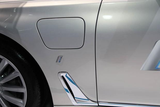 2017 BMW 740e XDrive IPerformance LA Auto Show Featured Image Large Thumb5