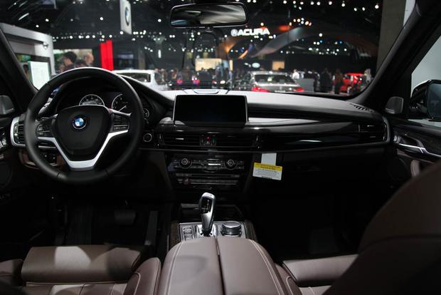 2017 BMW 740e XDrive IPerformance LA Auto Show Featured Image Large Thumb24