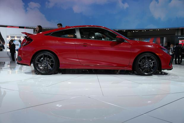 Honda Civic Si and Honda CR-V: LA Auto Show featured image large thumb3