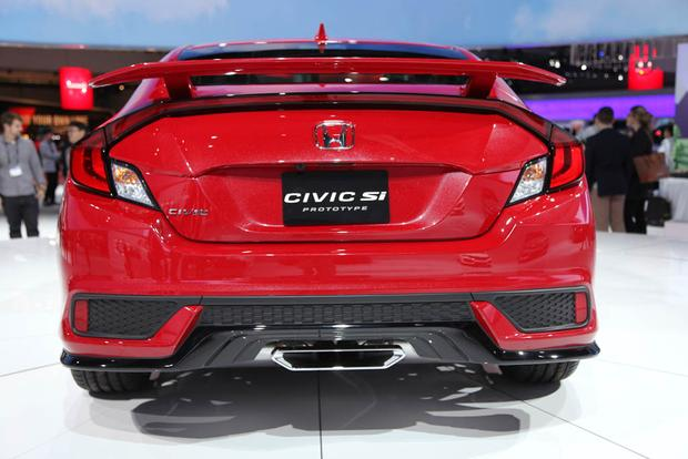 Honda Civic Si and Honda CR-V: LA Auto Show featured image large thumb5