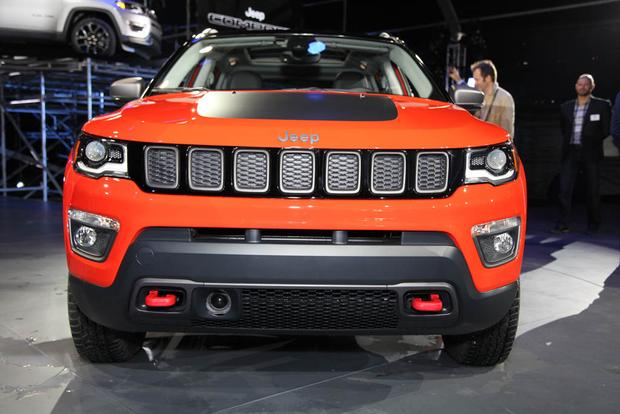 2017 Jeep Compass and 2017 Jeep Renegade: LA Auto Show featured image large thumb1