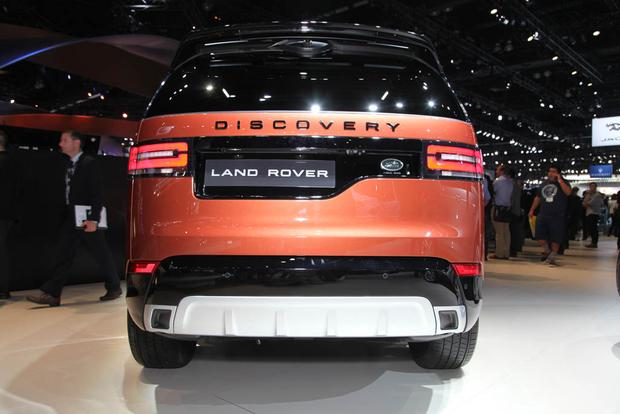 2017 Land Rover Discovery: LA Auto Show featured image large thumb4