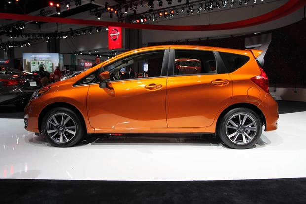 2017 Nissan Versa Note and Nissan Sentra NISMO: LA Auto Show featured image large thumb2