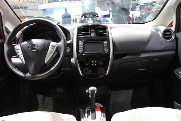 2017 Nissan Versa Note and Nissan Sentra NISMO: LA Auto Show featured image large thumb9